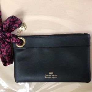 NWOT Juicy Couture Black Wristlet With Scarf